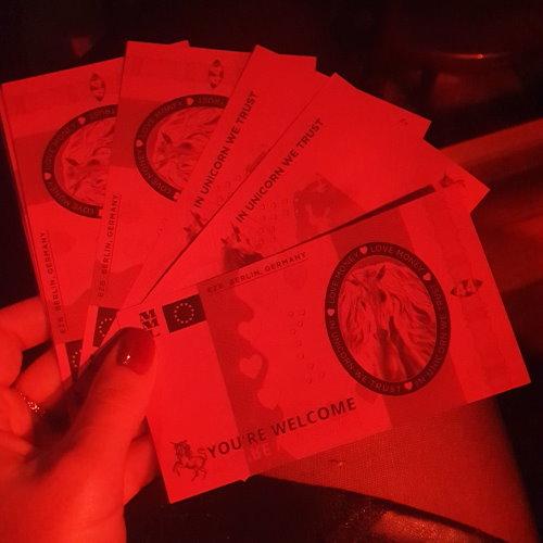 Einhorn Dollar bei Magic Mike Live
